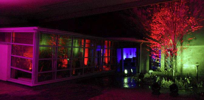 iluminacje świetlne budynków i pomieszczeń